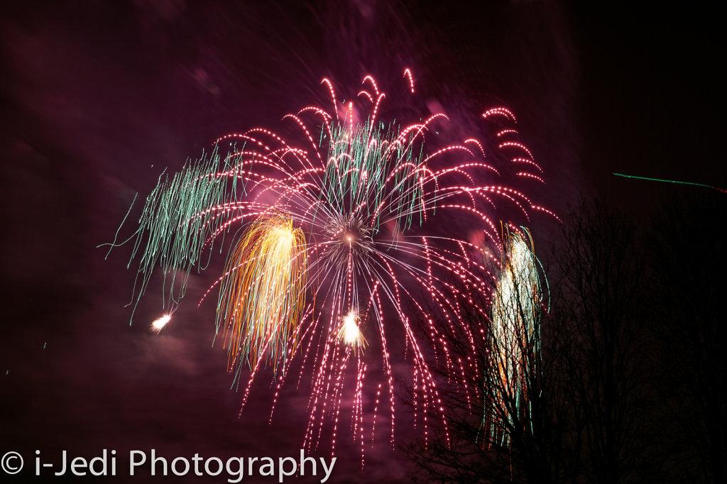Osterplarrer-2015-Feuerwerk-I-4.jpg
